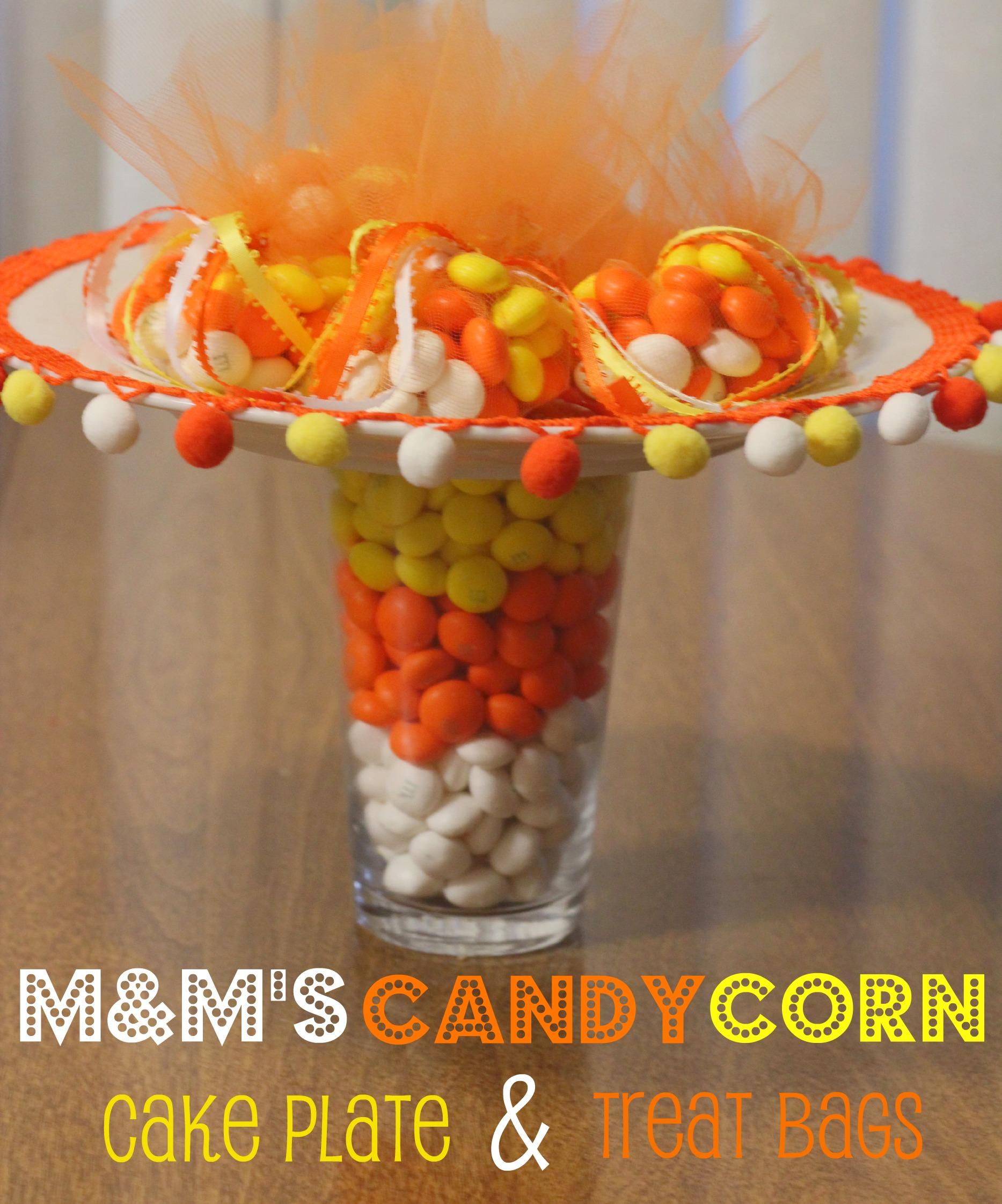 M&M's Candy Corn Cake Plate & Treat Bags #MMsGetCorny