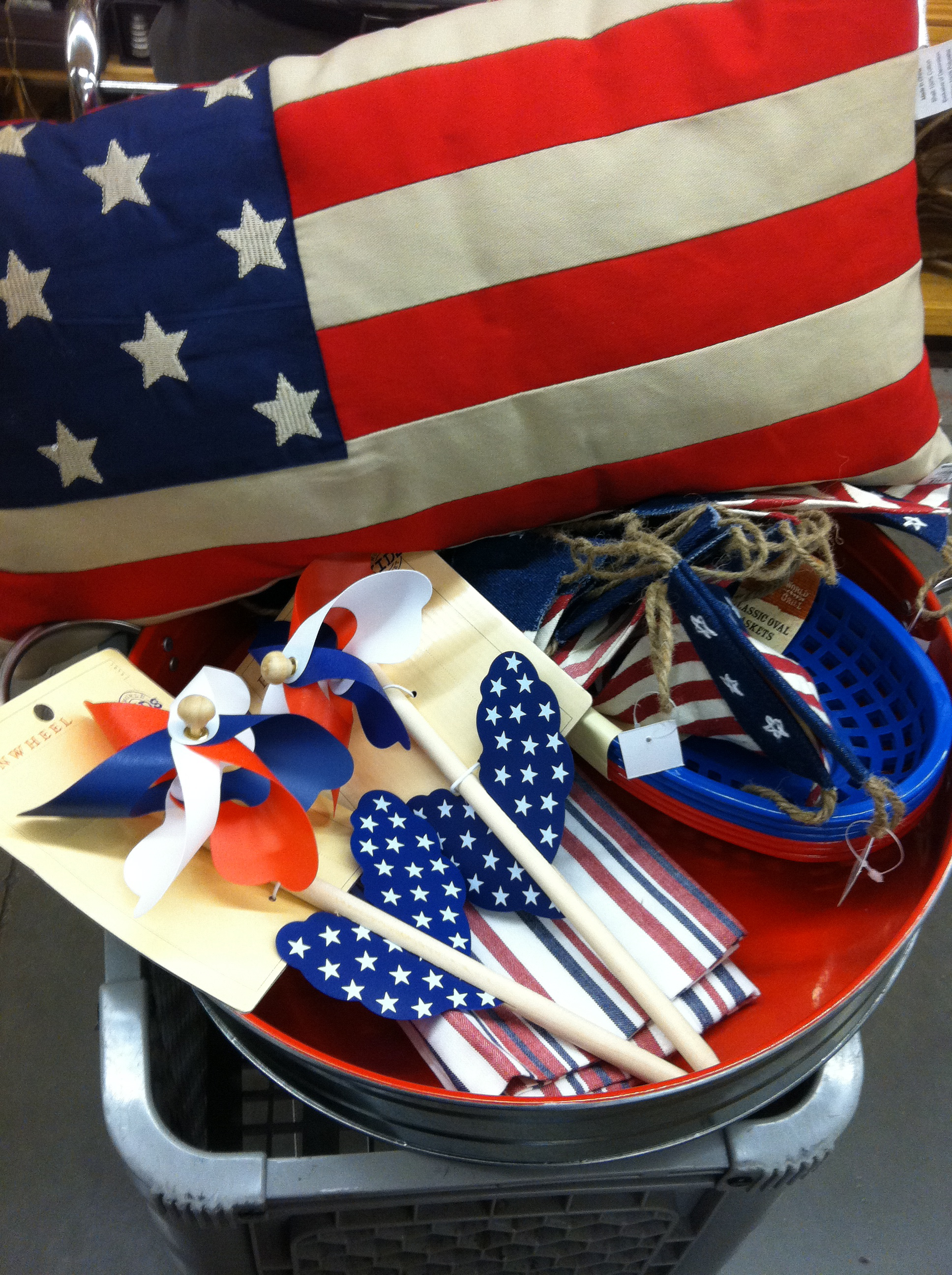 Getting Patriotic With Americana Decor