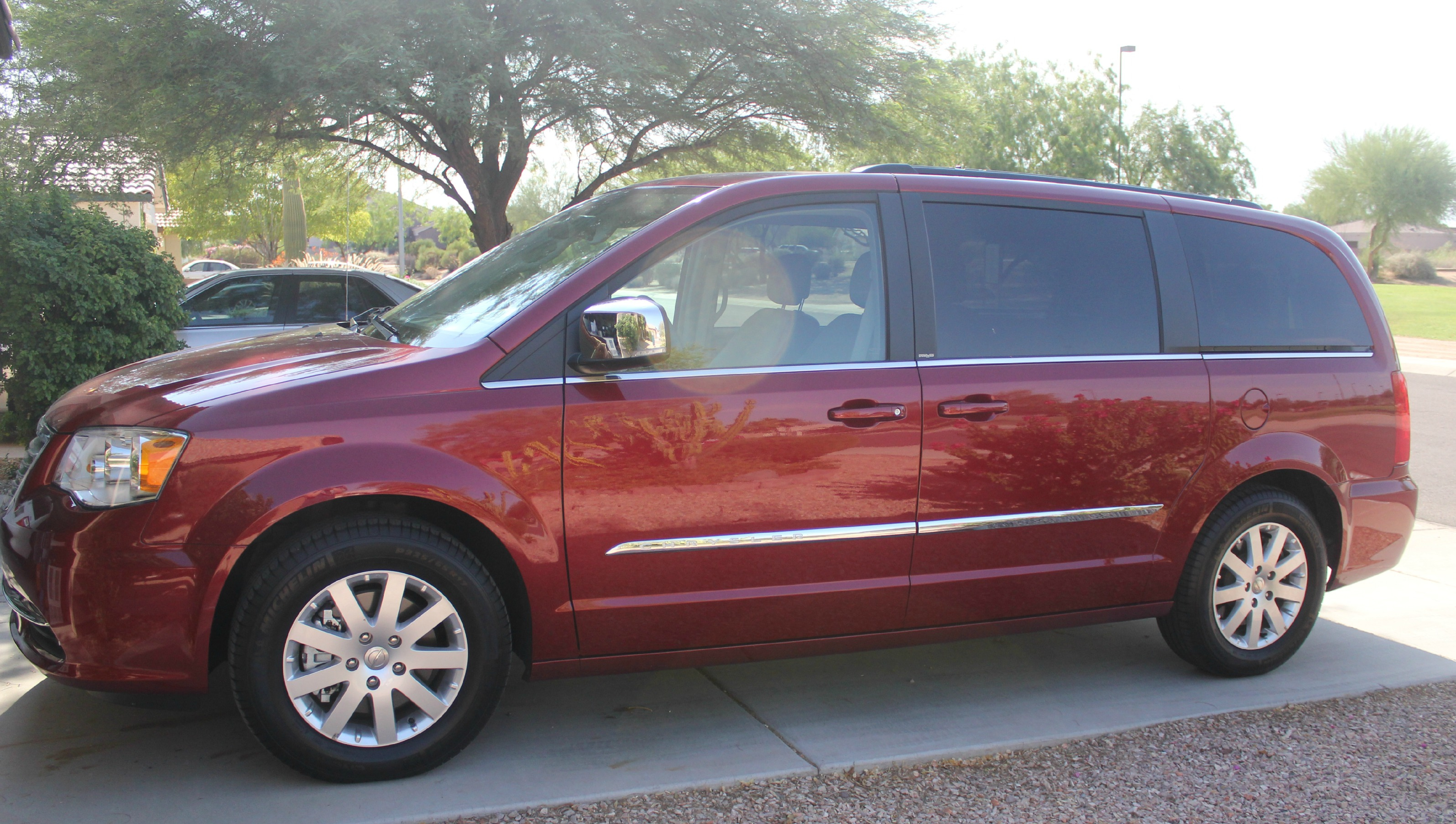 Family of 5 Vehicle Search Chrysler Town & Country