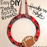 College Football Saturday Tailgate: Easy DIY Team Spirit Wreath {Huskers Style}
