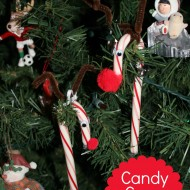 Candy Cane Reindeer {Easy Kids Craft Ornament}
