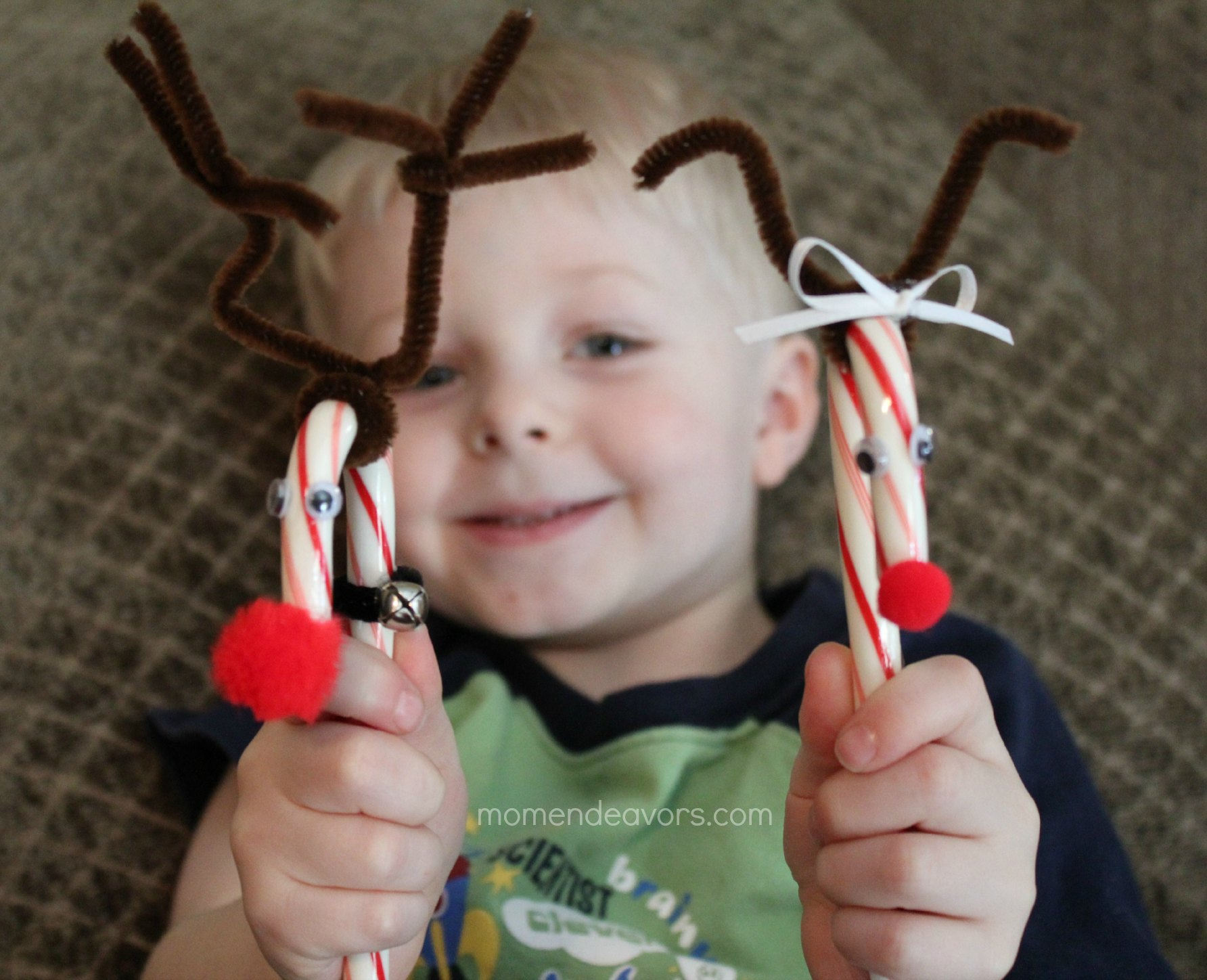 Candy cane reindeer easy kids craft ornament for Easy candy cane crafts
