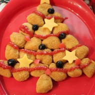Easy & Fun Holiday Meal – Chicken Nuggets Christmas Tree #MealsTogether