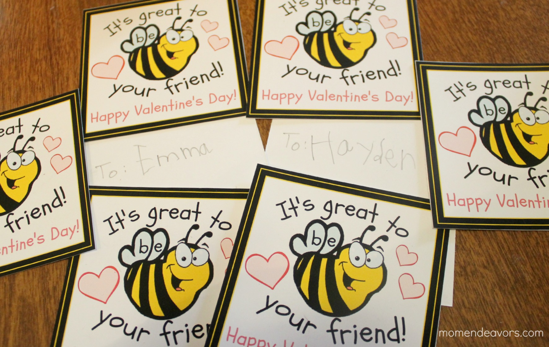 Bee valentines free printable bee class valentines cards m4hsunfo