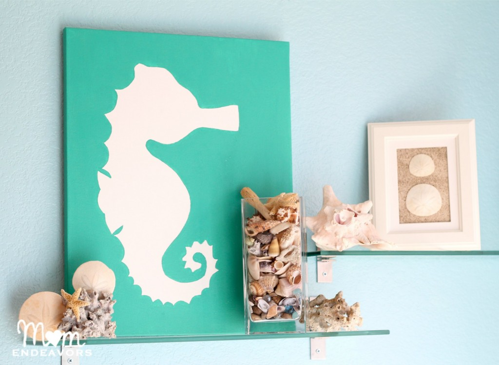 Diy art beachy seahorse canvas for Bathroom wall decor ideas diy
