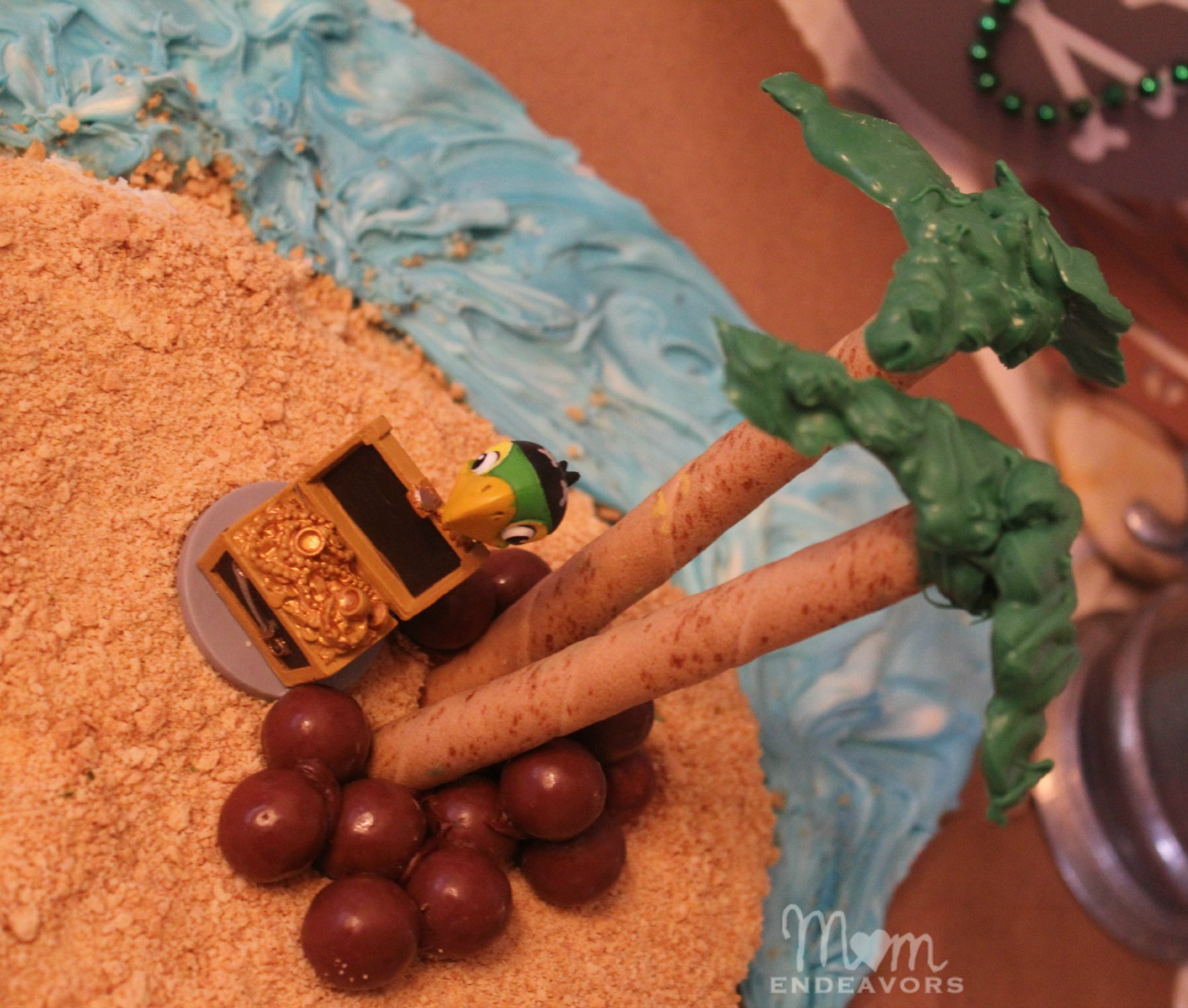 Edible Cake Images How To Make : DIY Bucky Pirate Ship Cake Tutorial {Jake and the Never ...