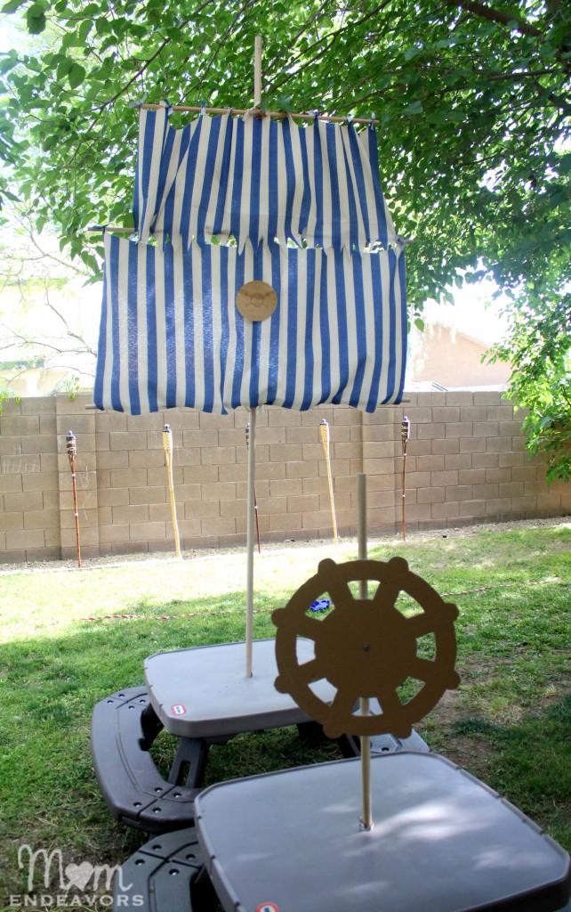 DIY Bucky Mast & Sail
