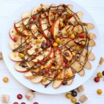 Caramel Apple Dessert Nachos #HarvestFun #Shop