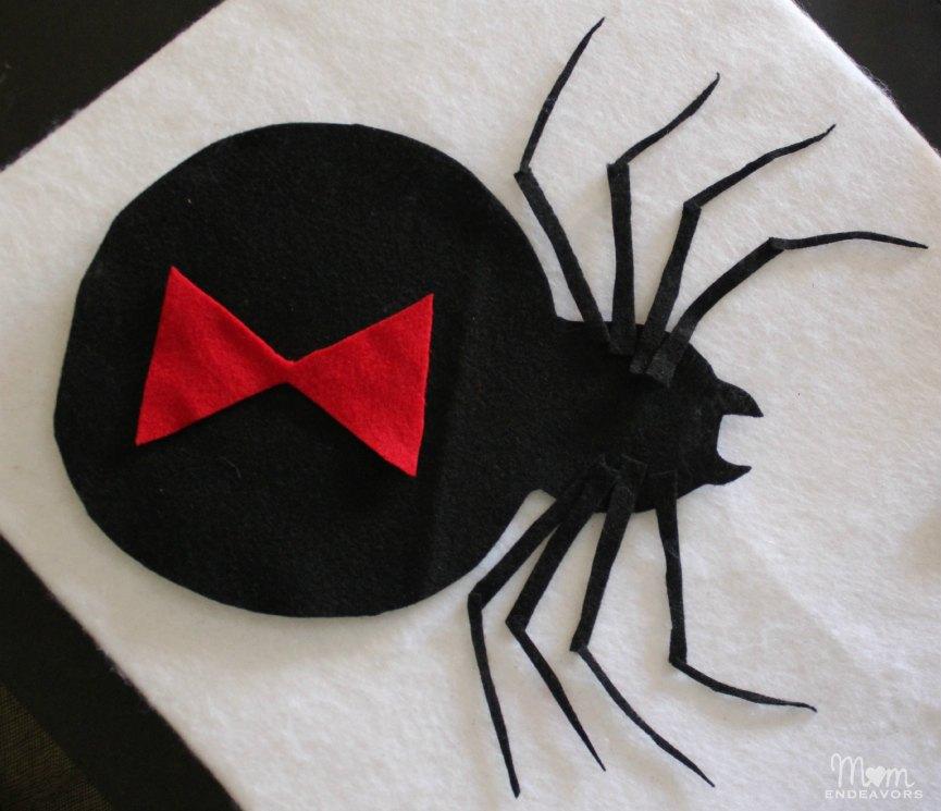 DIY felt spider