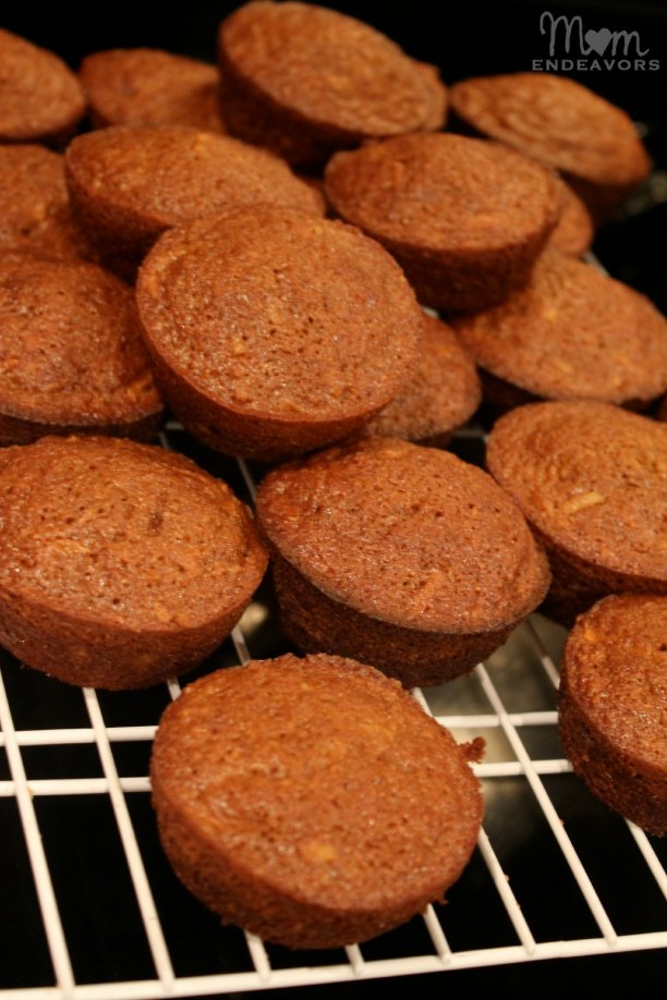 Carrot juice muffins