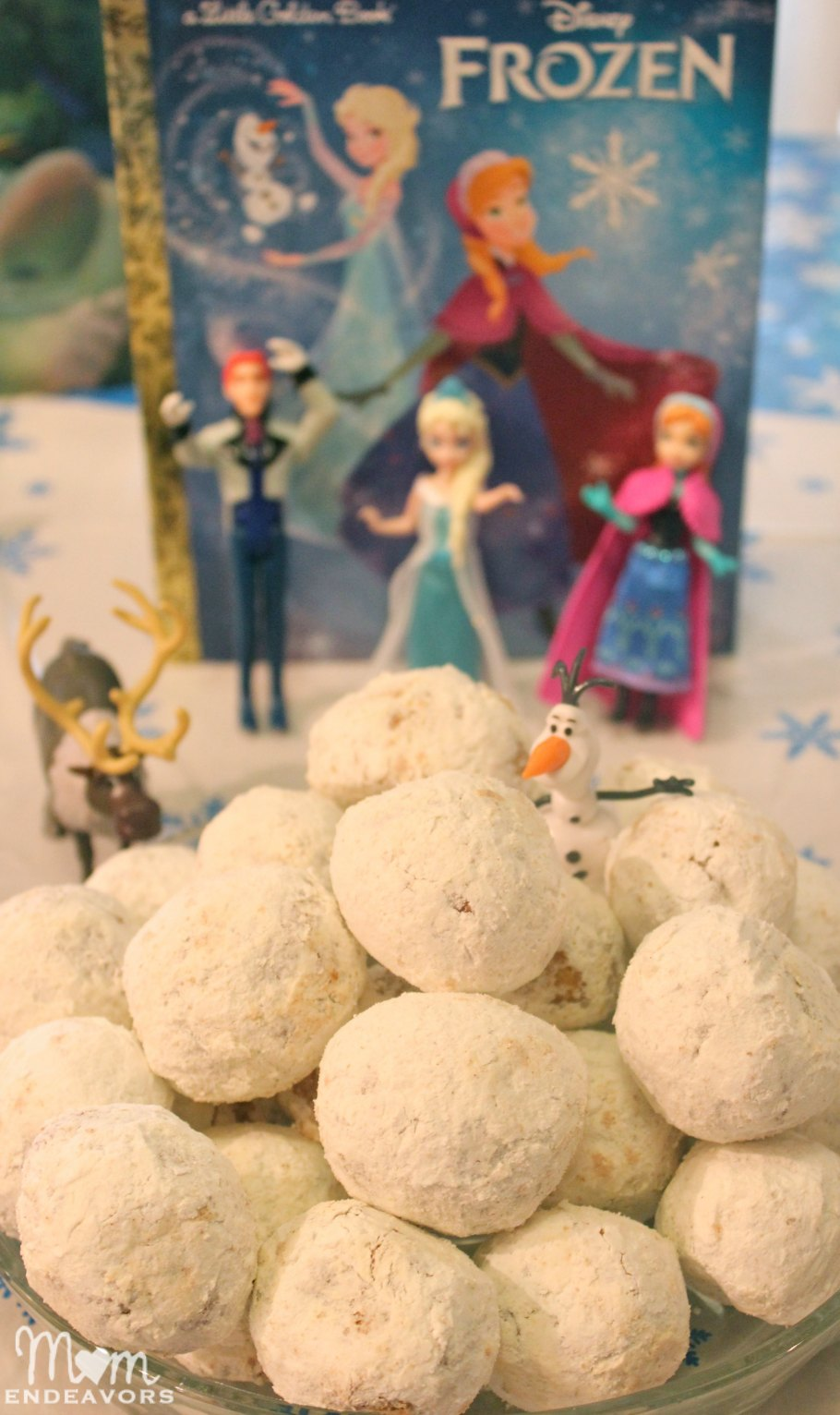 Disney FROZEN Themed Breakfast & Mini Party Ideas #FrozenFun