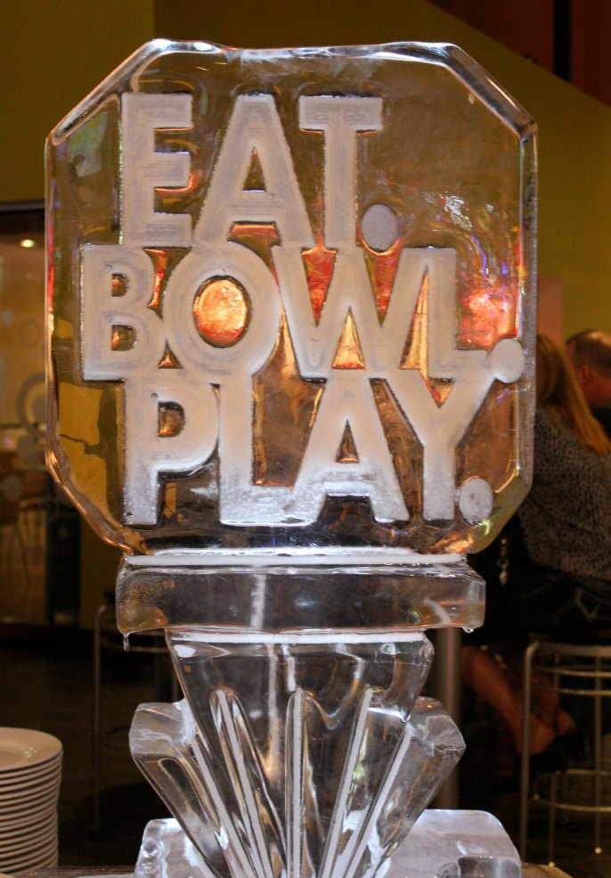 Eat.Bowl.Play