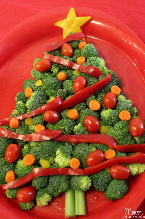 Christmas Themed Food.Christmas Tree Veggie Tray