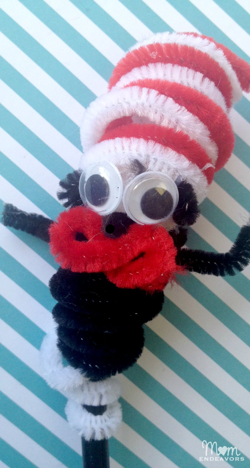Cat in the Hat Finger Puppet