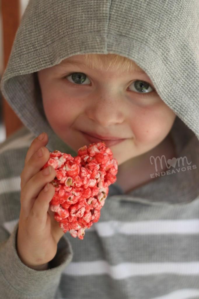 Valentine's Day Treat via momendeavors.com
