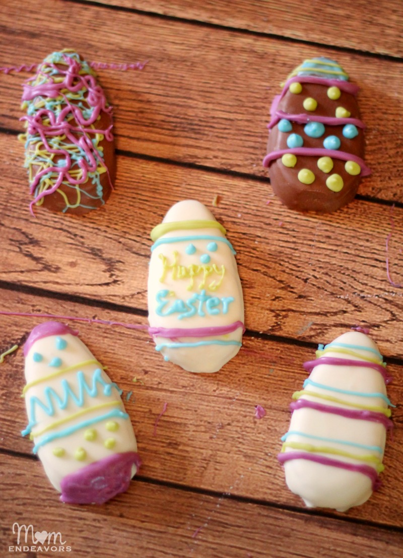 Decorate Reese's Eggs