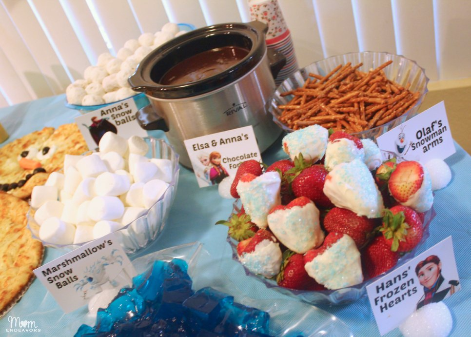 FROZEN party food chocolate fondue