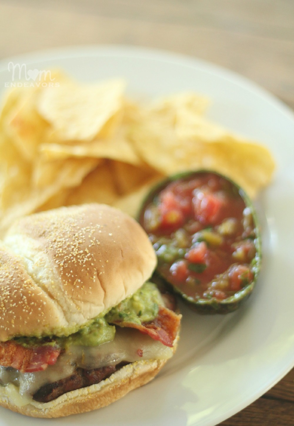 Southwestern Bacon Cheeseburgers with Salsa