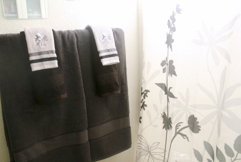BHG Bath Towels