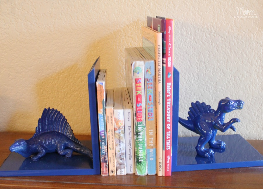 DIY Boy's Bookends