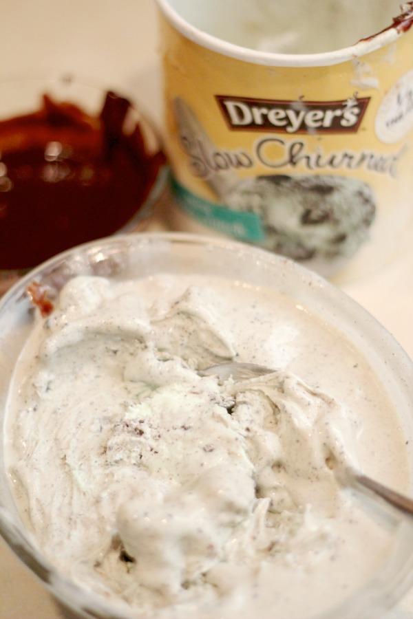 Dreyer's Mint Cookie Crunch