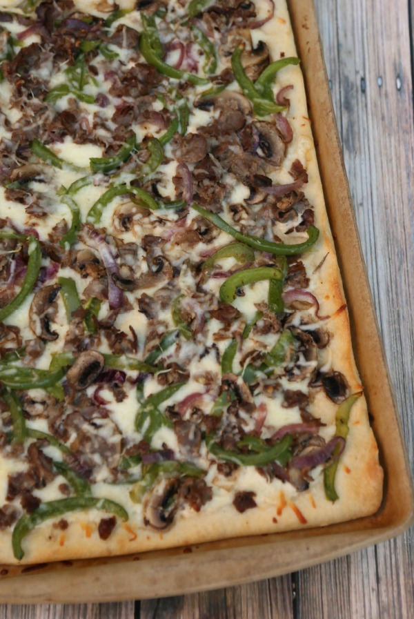 Alfredo Cheesesteak Pizza
