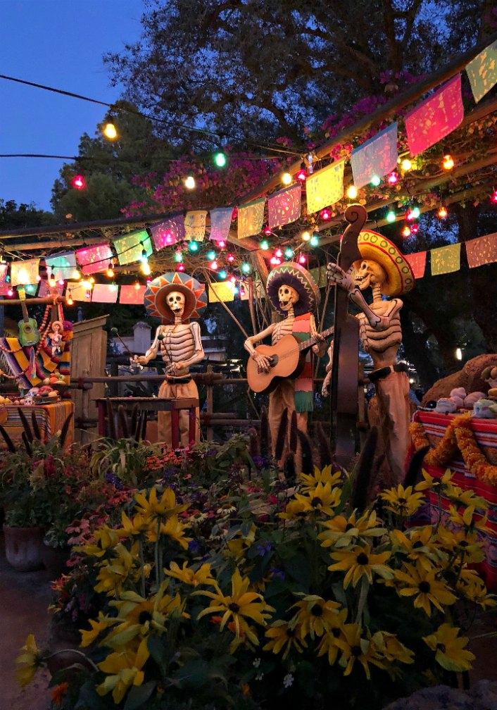 Skeletons at Dia De Los Muertos Disneyland