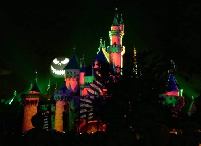 Halloween Screams Disneyland Castle