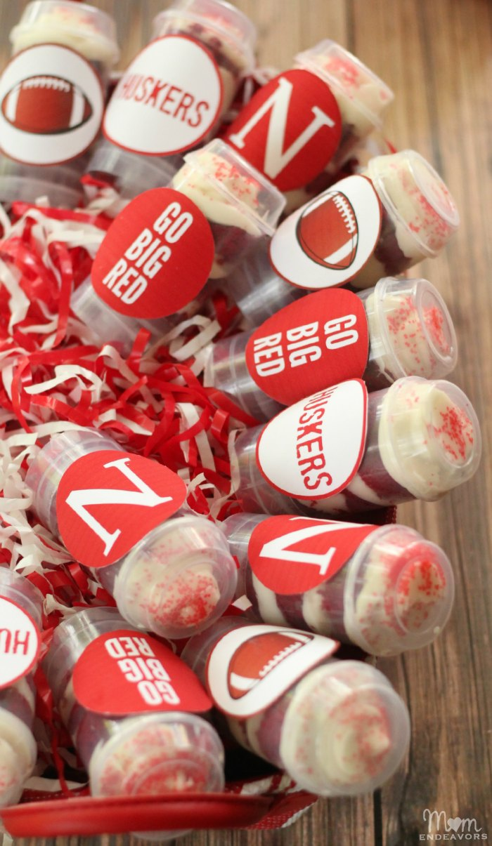 Nebraska Cupcake Push-Up Pops