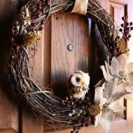 DIY Neutral Woodland Holiday Wreath