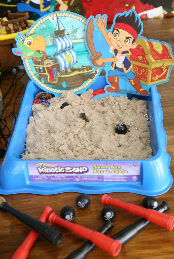 Treasure Dig Kinetic Sand Activity