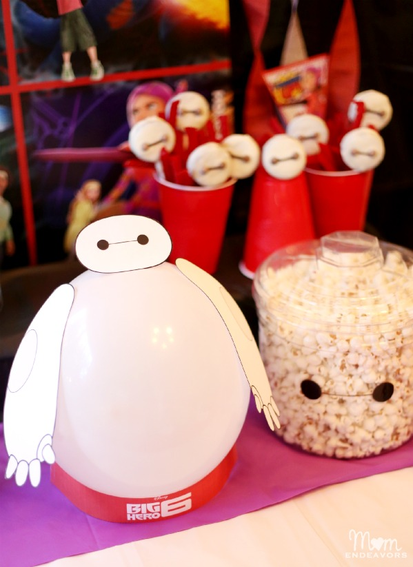 Balloon Baymax Centerpiece