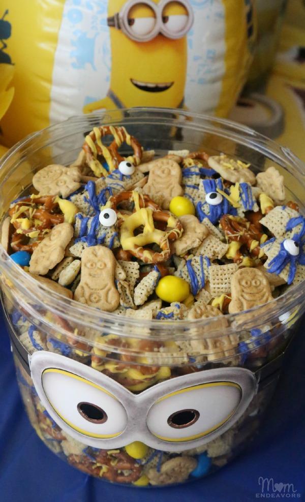 Minion Munch Party Mix