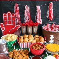 Football Party – Easy food & decor ideas!