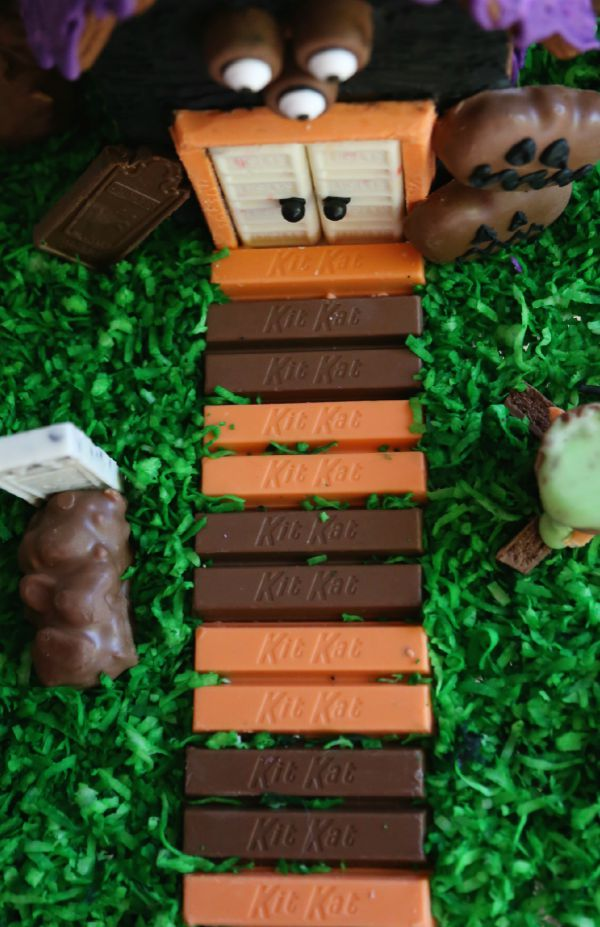 Halloween Kit Kat Bars