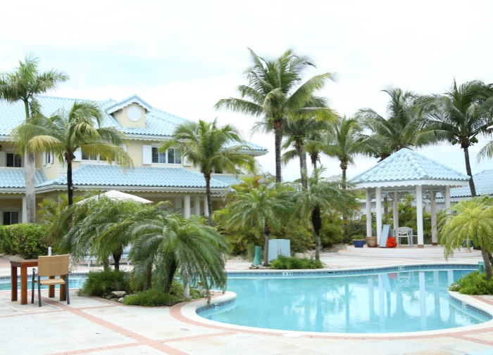 The Beach House TCI Pool