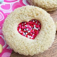 Cute & Easy Heart Sandwiches