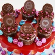 Chocolate Conversation Valentine's Cupcakes