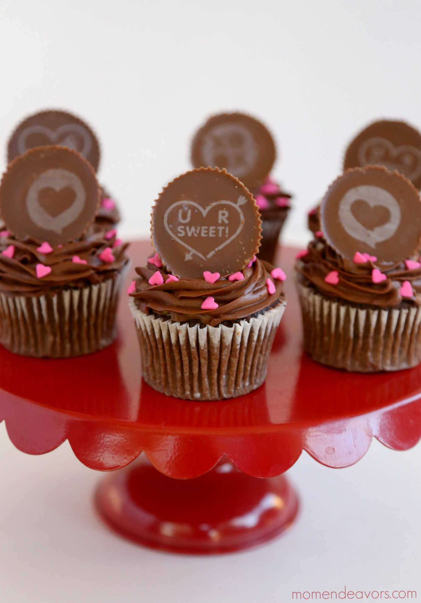 Reese's Valentine's Day Cupcakes