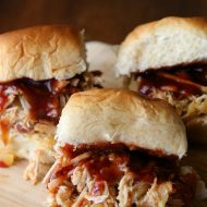 Slow Cooker Hawaiian Pulled Pork Sliders