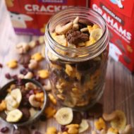 Sweet & Salty Kids Snack Mix
