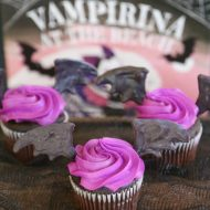 Disney Junior Vampirina Bat Wing Cupcakes (Interview with Producer Chris Nee)