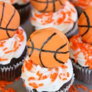 Slam Dunk Basketball Cupcakes