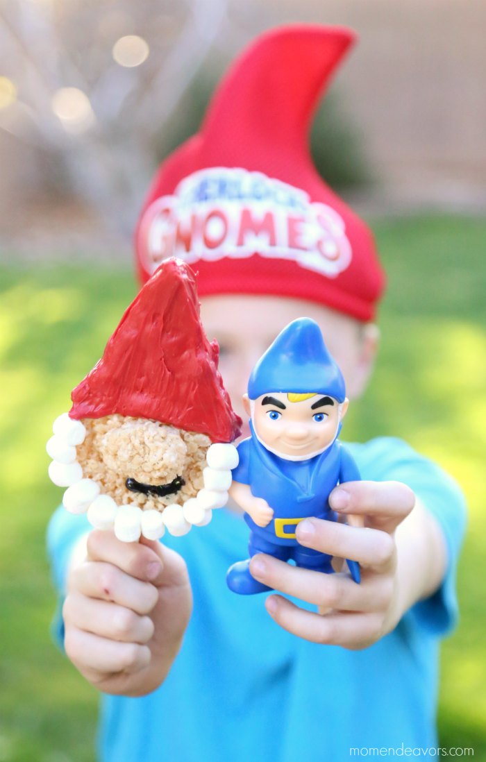 Sherlock Gnomes Movie Treat