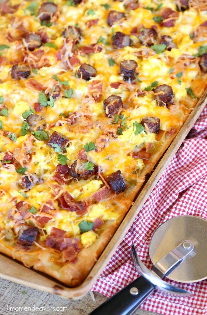 Delicious Breakfast Pizza