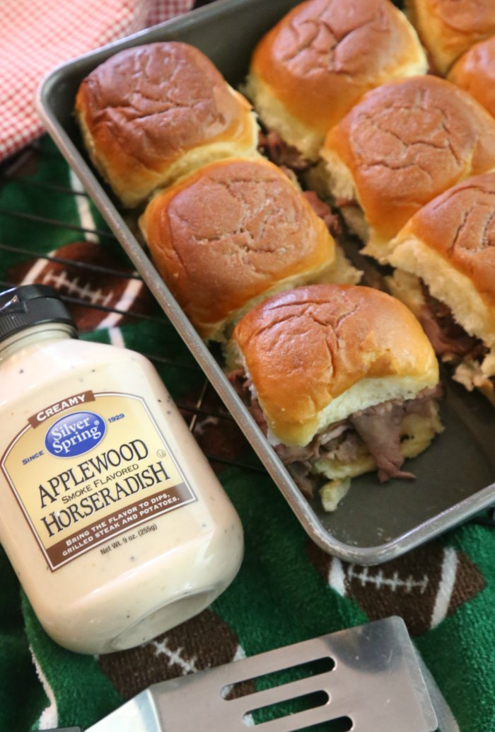 Roast Beef Sliders with Horseradish Sauce