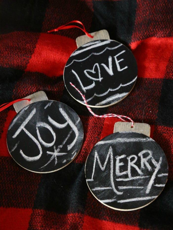 Simple Chalkboard Ornaments