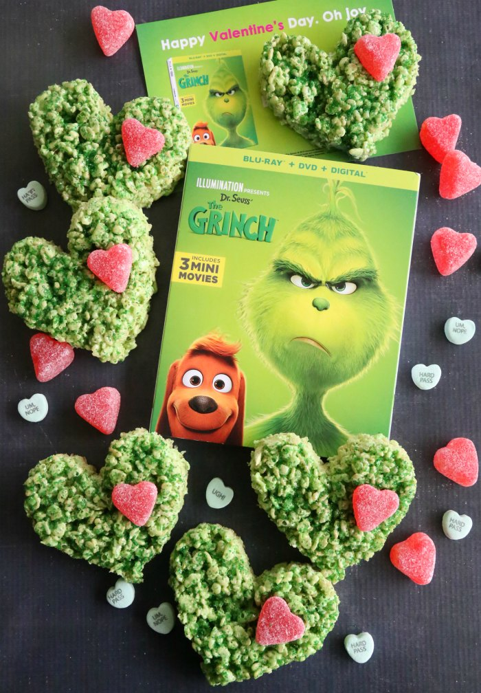 Grinch Heart Treats