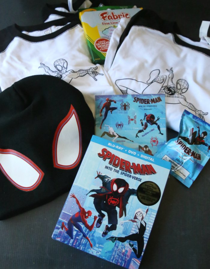 Spider-Man Into the Spider-Verse Prize Pack