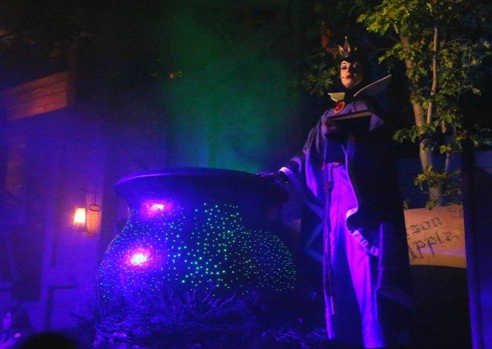 Evil Queen Treat Trail Disneyland